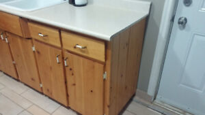 Complete kitchen cabinets and counter in very good condition