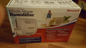 Honeywell HE 360 Furnace Humidifier. New in a box