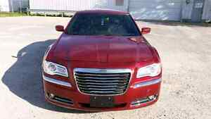 2013 Chrysler 300 Touring LE!!! Available 4 Sale!!