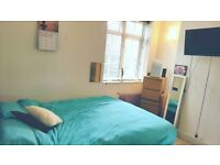 Lovely double room in 3 bed flat, 2 bathrooms, Zone 1 London, £630pm + bills