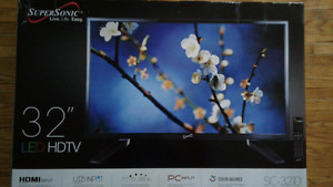 "Supersonic 32"" LED TV"