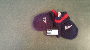 Patriots Baby Mitts