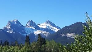 2 storey 2 bedroom 2 bath in Canmore.