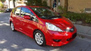 2010 Honda Fit Sports   DELUXE          32102 Kilometres