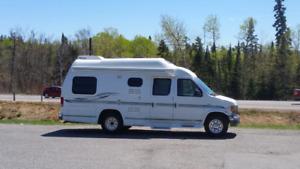 2002 Camper Van  ***22,500KM***