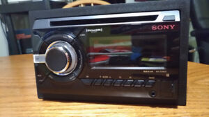 Radio Sony WX-GT80UI pour voiture