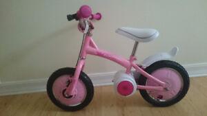 Balance bike pedal free.