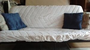 MOVING SALE ! GREAT SHAPE WOODEN FUTON