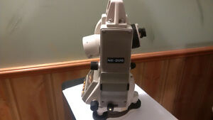 Nikon NE-20S Electronic Theodolite Kitchener / Waterloo Kitchener Area image 2