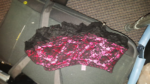 New with out tags Small mini mini skirt .