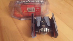STAR WARS TRANSFORMERS - Darth Vader to Advanced Tie fighter