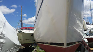 Nice boat for sale 26 hughes with disel engine