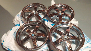 BMW BEYERN OFF-SET CHROME RIMS