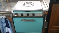 camping stove oven and fridge