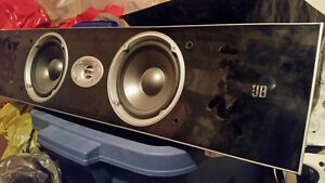 JBL surround sound 5 speakers. Gatineau Ottawa / Gatineau Area image 1