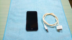 8gb iPod Touch 4th Gen