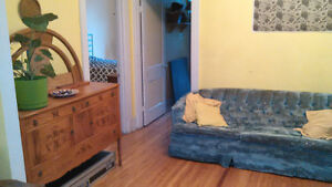 Very big double room in large zen apartment Mile-End