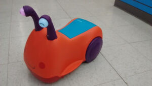 (138) Snail Ride-on ONLY $8