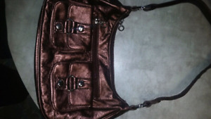 Gucci brown leather bag made in Italy. Great condition
