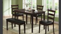 Set de salle à manger 5 Mcx/ Dining Set 5 Pcs only 299 $