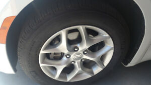 Trade pacifica 18 rims and tire for limited 20 plus $500 extra.