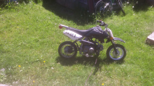 2012 Apollo automatic dirt bike just service runs great for kid