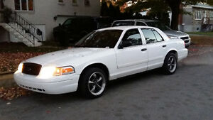 2011 Ford Crown Victoria Police pack Berline