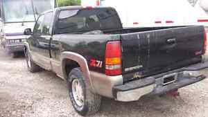 WE ARE PARTING OUT A 2000 GMC SIERRA Z71 Windsor Region Ontario image 3