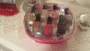 Nail drier with 7 polishes