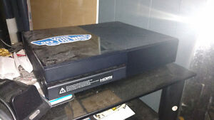 Xbox one with one game London Ontario image 1