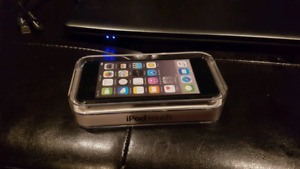 Ipod Touch 36 6th Gen. Sealed