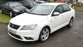 SEAT Toledo 1.6 TDI CR SE 105PS (white) 2012