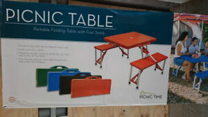 Portable Folding Picnic Table - Seating for 4