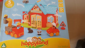 Happyland Fire Station - no missing pieces