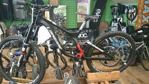 2015 LAPIERRE DH 727 NEW!!! WHOLESALE PRICE North Shore Greater Vancouver Area image 4