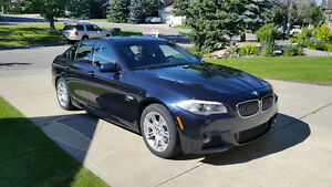 2012 BMW 5-Series 528i xDrive  - only 45,000 KM - REDUCED PRICE