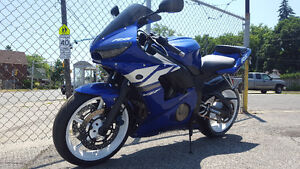 2003 YAMAHA R6 Mint Bike! (with SAFTEY) NEW MICHELIN PP3s
