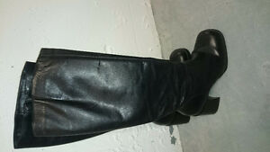 Women Winter Leather knee boots - size 7