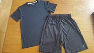 boys active shorts and top