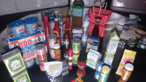 Miniature Re-ment pantry/kitchen goods