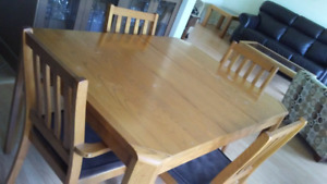 Dining RoomTable 4 Chairs w extra extension GOLDEN ASH