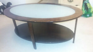 Buy Or Sell Coffee Tables In Winnipeg Furniture Kijiji Classifieds