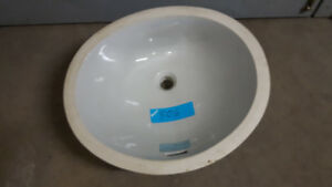 Porcelain Undermount Bathroom Sink Oval