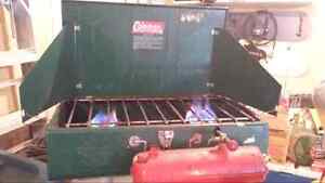 LARGE COLEMAN GAS STOVE