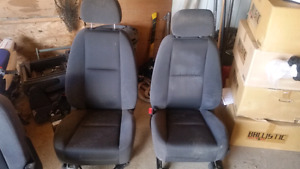 Seats for a Chevy or GMC 2008 to 2013