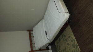 Electric adjustable twin bed