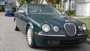 Succession, 2005 Jaguar S-TYPE Berline