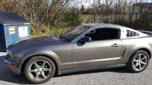 2005 Ford Mustang Coupe (2 door) Certified Etested V6 Standard