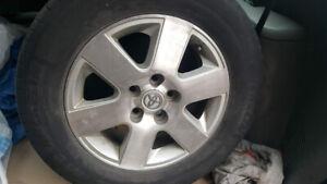 4 MAG TOYOTA CAMRY/SIENNA et pneu ete Michelin 215 65R 16