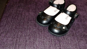 LEATHER BABY SHOES 12 MONTH SIZE